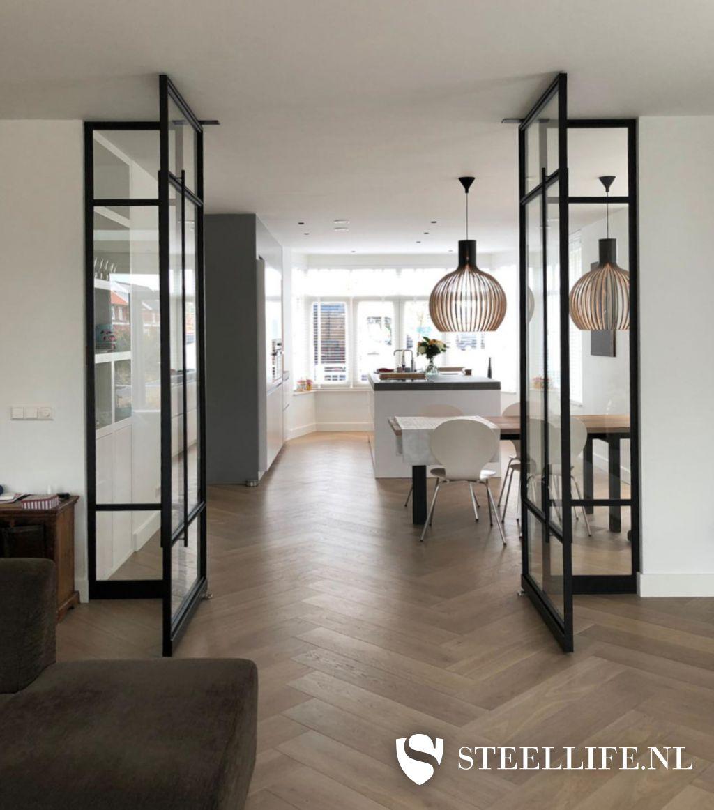 Verwonderend Stalen deuren met glas en stalen trappen | Steellife® YJ-55